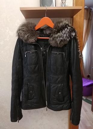 Кожаная куртка зима осень