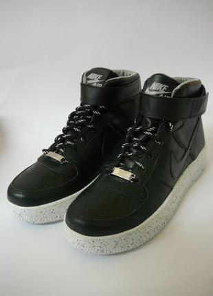 Кожанные кроссовки черные высокие