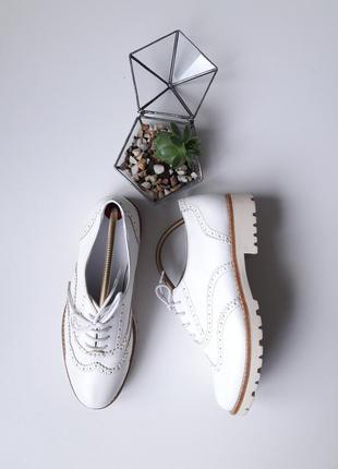 Шикарные туфли лоферы оксфорды