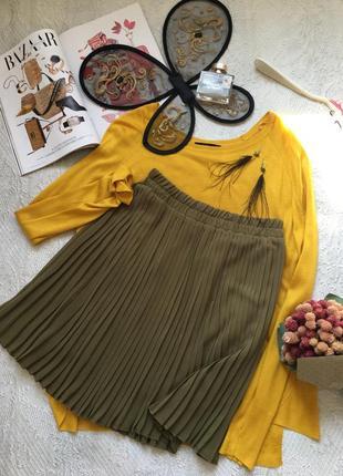 Изысканная шифоновая юбка-плиссе оливкового цвета /mango/размер s