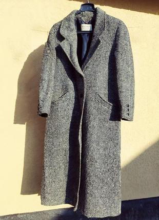 Классическое твидовое пальтов крупную елочку, с карманами