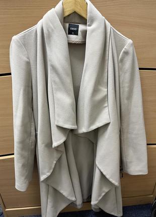 Светлое пальто с поясом oasis xs