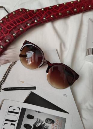 Очки окуляри темные коричневые солнце солнцезащитные стильные трендовые кошки новые