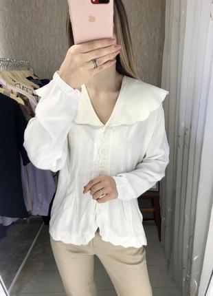 Винтажная блуза с отложным воротником
