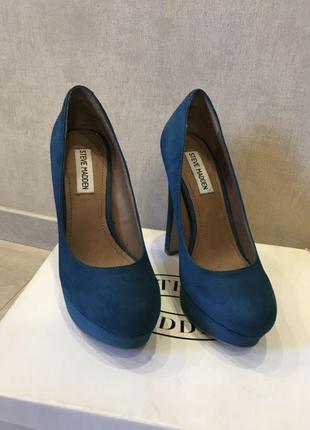Замшевые бирюзовые туфли steve madden