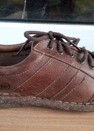 Кожаные ботиночки. полуботинки. спортивные туфли.