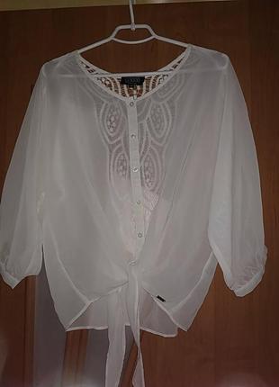 Блузка шифоновая с завязками и кружевной спинкой