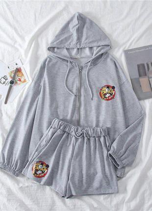 Костюм женский серый худи с капюшоном шорты кофта