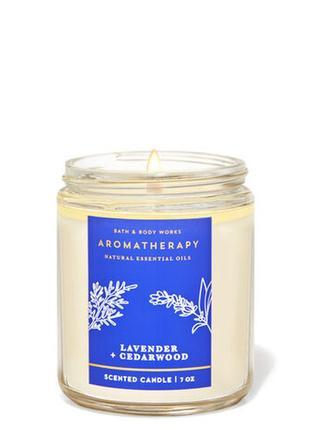 Свеча ароматизированная lavender cedarwood bath and body works