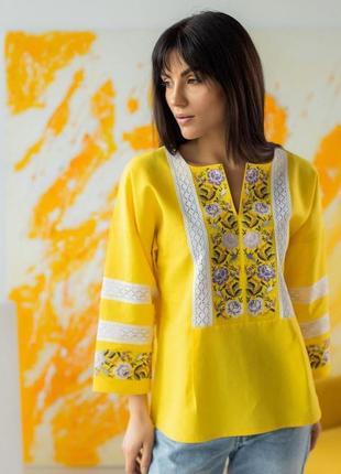 Стильна жіноча вишиванка. новинка в жовтому кольорі