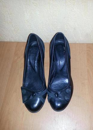 Кожаные туфли от турецкого бренда mariposa