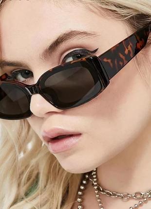 Крутые солнцезащитные очки узкие прямоугольные анималистичные ретро окуляри леопардові