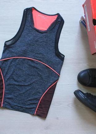 Oysho спортивная майка для тренировок с вставками из сетки