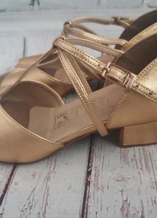 Танцевальные туфли galex