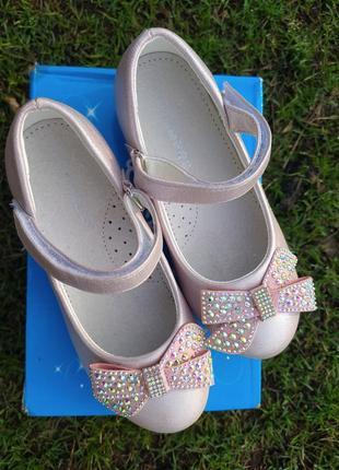 Новые туфли 30 размер