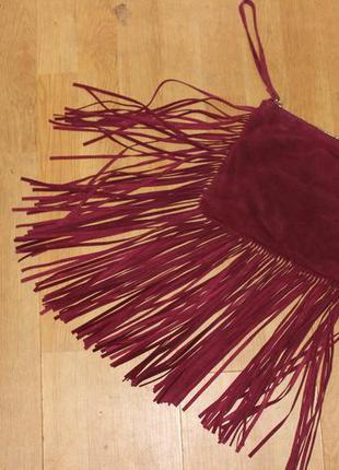Супер стильная сумка клатч з бахрамой цвета марсал zara