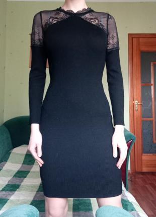Черное платье в обтяжку лапша по фигуру в рубчик сексуальное