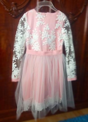 Платье на девочку размер 134