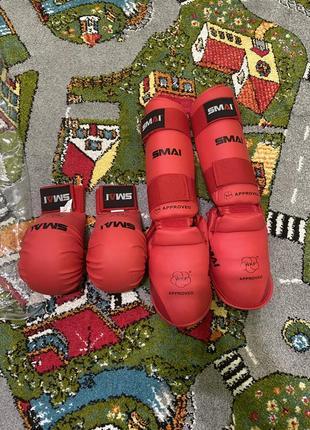 Футы, перчатки , накладки