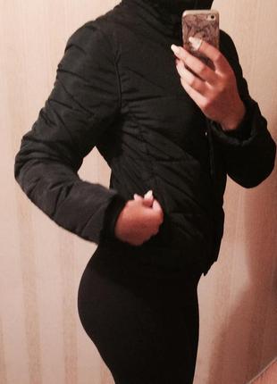 Тепла осіня курточка zara
