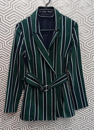 Стильный удлиненный пиджак в полоску bershka