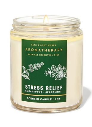 Свеча ароматизированная eucaliptus spearmint bath and body works