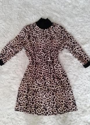 Платье свободного покроя принт леопард
