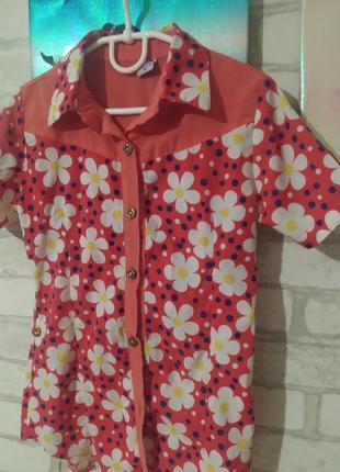 Блузка, футболка