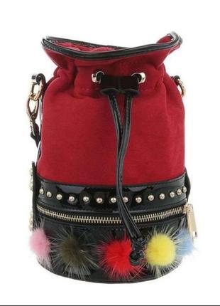 Молодёжная красная сумка кросбоди боченок