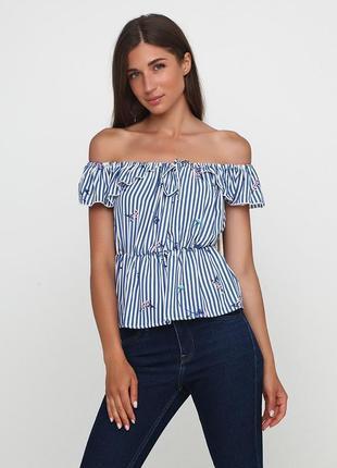 Легкий топ блуза с открытыми плечами missguided