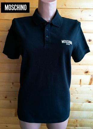 Лаконичная хлопковая футболка-поло знаменитого итальянского бренда moschino.