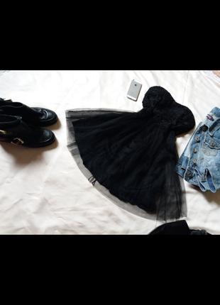 Красивое фатиновое платье zara с кружевным бюстье