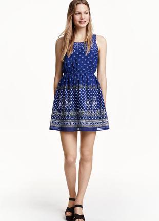 Платье в принт с вырезом на спинке h&m