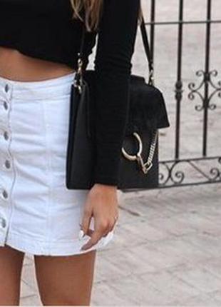 Белая стрейчевая катоновая юбка на болтах, 36