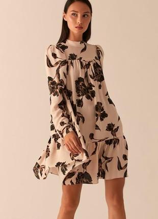 Бежевое платье бэби долл с рукавами-фонариками love republic 0358076560-65