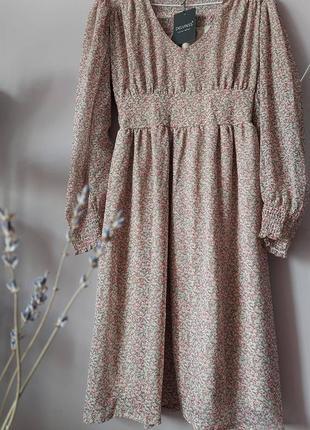 Шифоновое платье в нежном принте