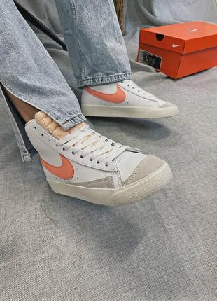 Женские кроссовки nike blazer mid '77 peach6 фото