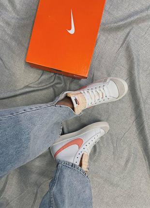 Женские кроссовки nike blazer mid '77 peach8 фото