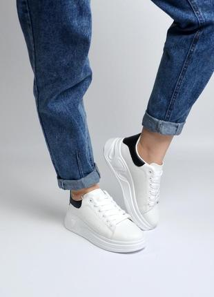 """Кеды/кроссовки белые с черным задником """"aesd"""" классика"""