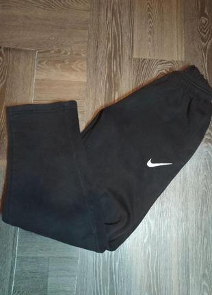 Спортивные теплые штаны