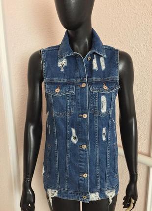 Джинсовая жилетка безрукавка джинсовая куртка