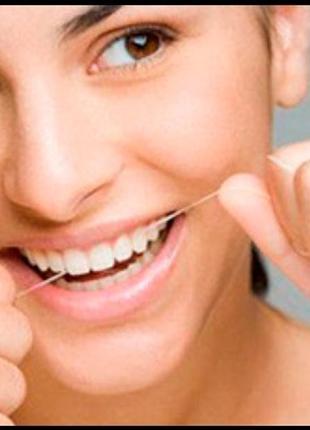Зубная нитка вощенная мятным вкусом johnson&johnson2 фото