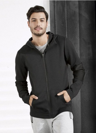 Крутая спортивная термо куртка, с капюшоном, crivit. l