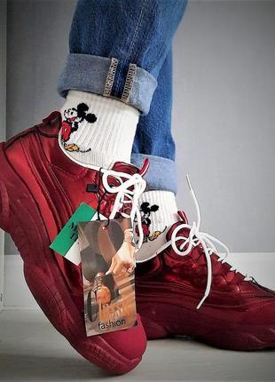 Женские кроссовки лаковые, зеркальные, италия. бордовые