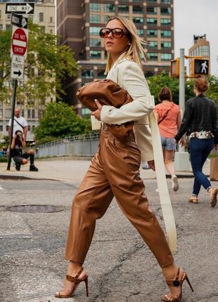 Кожаные брюки бананы джогеры натуральная кожа eve в стиле max mara