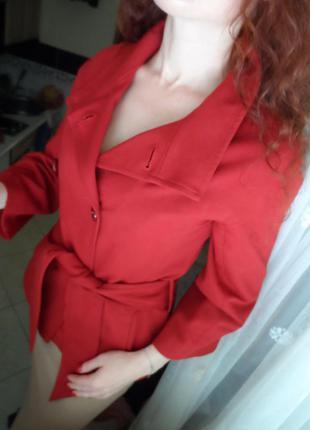 Пальто темно червоного кольору) піджак  s-m продаж обмін