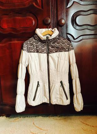 Куртка у відмінному стані, chiago