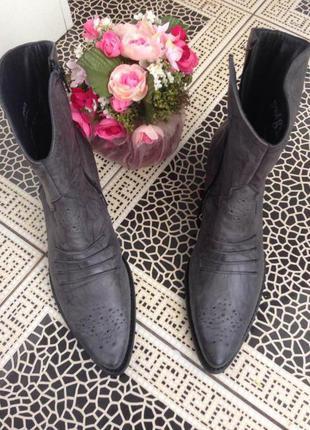 Мегаудобные кожаные ботинки paul green 37.5 размер (38)