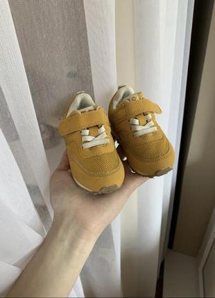 Кросовки h&m