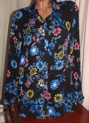 Шикраная блуза (л замеры) с цветочным узором ,превосходно сомтрится.